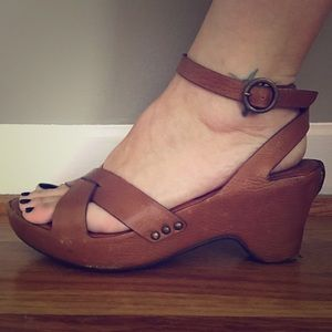 Frye Leather Strappy Sandals